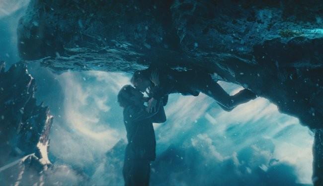 jim sturgess y kirsten dunst en upside down 2012 un amor entre dos mundos